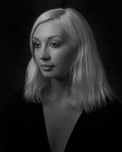 Portrait -How I got the Shot – Analogue Studio Photography – Mell