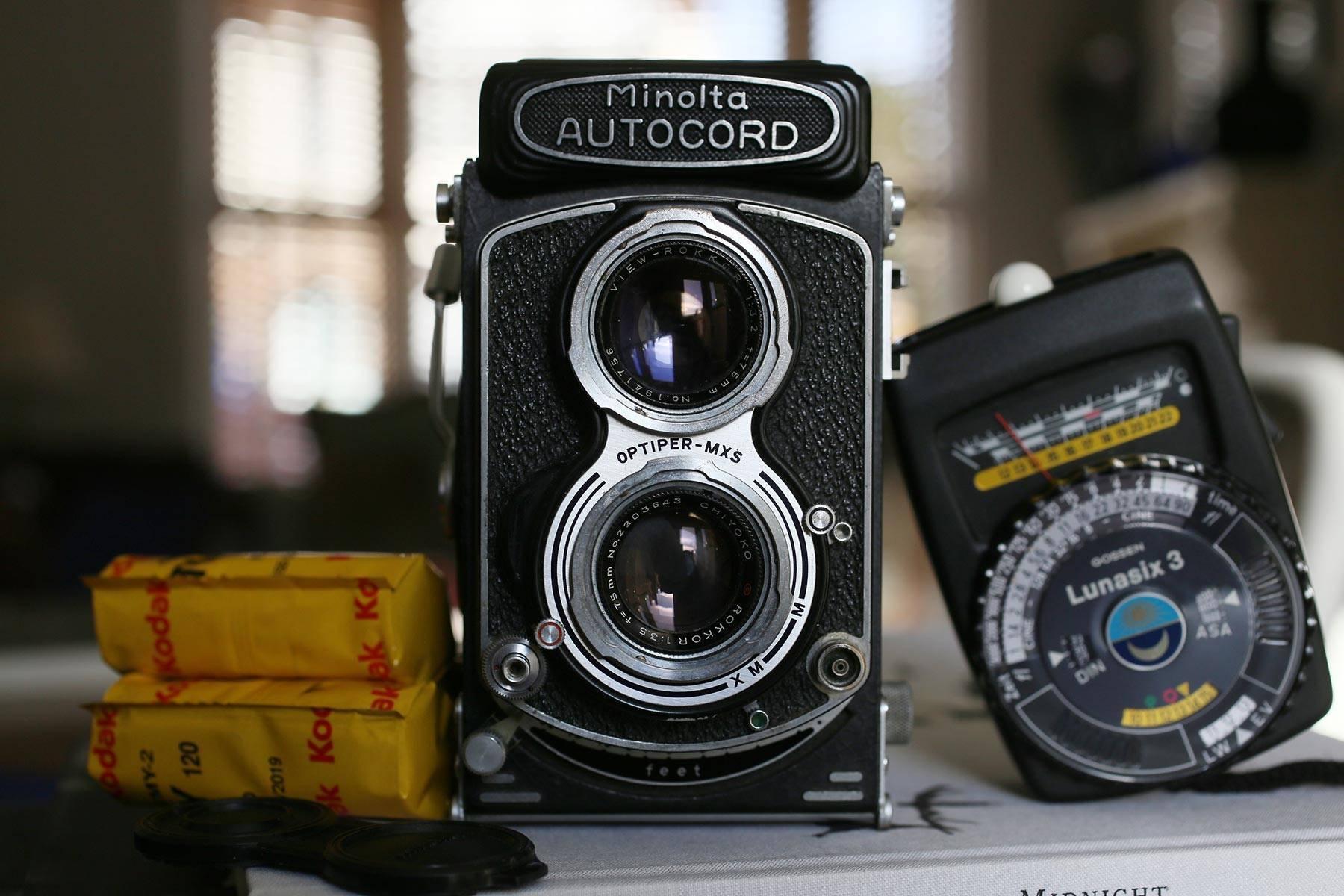 Film Camera Review – Minolta Autocord TLR