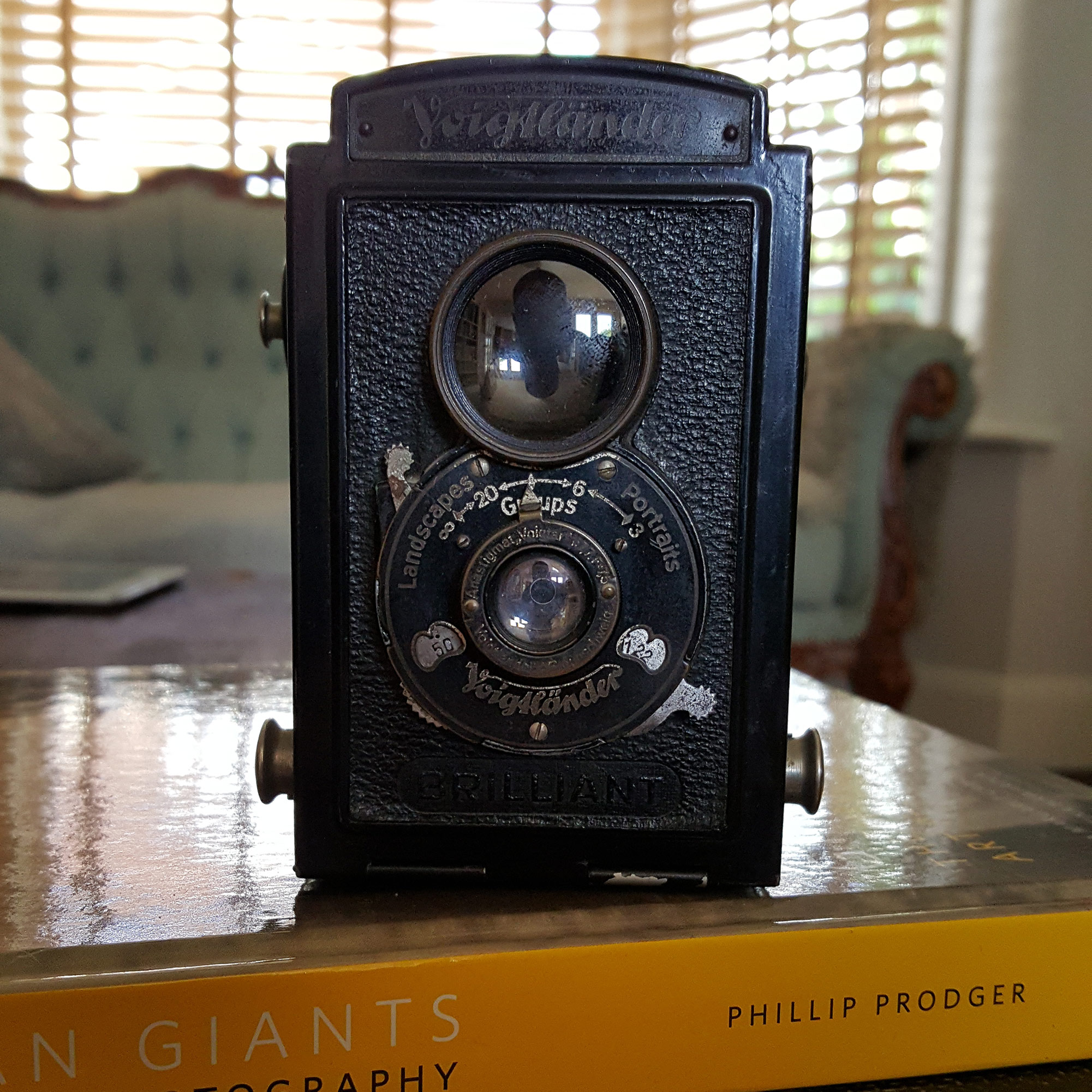 voigtlander brilliant review